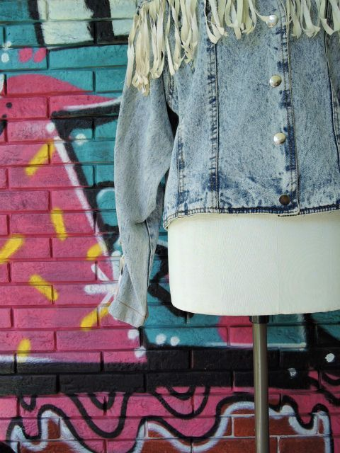 画像4: [USED]-80's【SPORT FEVER】FRINGE DESIGN STONE WASH DENIM JACKET