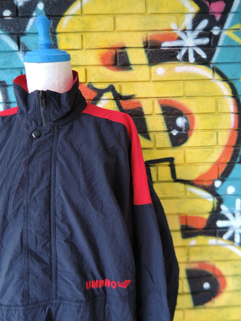 画像3: [USED]-90's【UMBRO】DESIGN PULLOVER NYLON JACKET