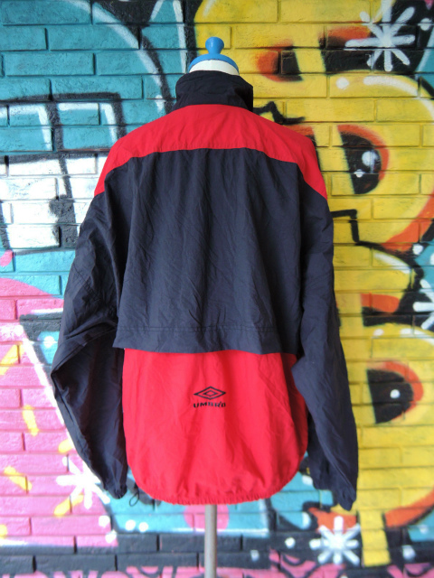 画像2: [USED]-90's【UMBRO】DESIGN PULLOVER NYLON JACKET